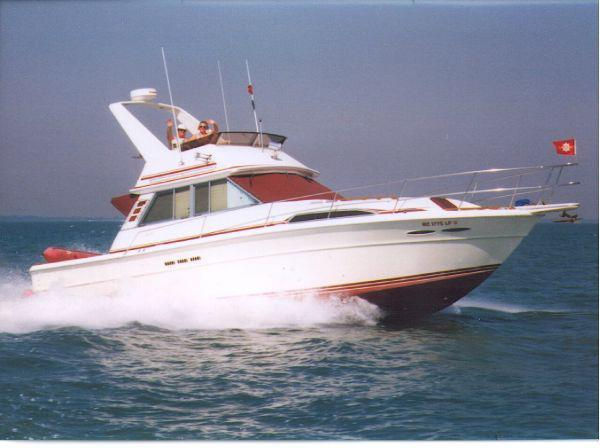 Sea Ray Sportfish Sedan Bridge