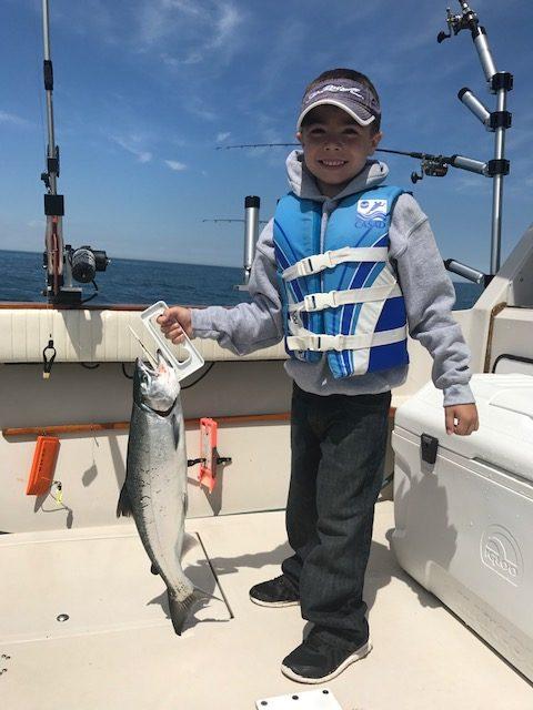 C & D Charters - Port Washington Wisconsin Salmon Fishing